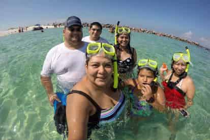 Large Group Crab Island Snorkel Charter