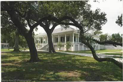 Beauvoir - Jefferson Davis Home & Presidential Library Tour