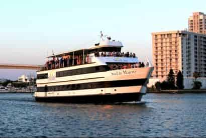 Evening Yacht Cruise with Optional Meal on the StarLite Majesty