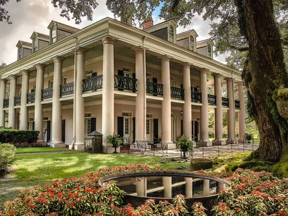 Oak Alley Plantation Admission & Guided Tour with ...