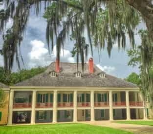 Destrehan Plantation & Swamp Combo with Transportation from New Orleans Hotels & B&Bs