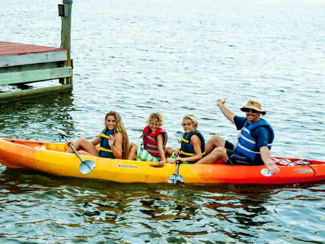 kayaks with family
