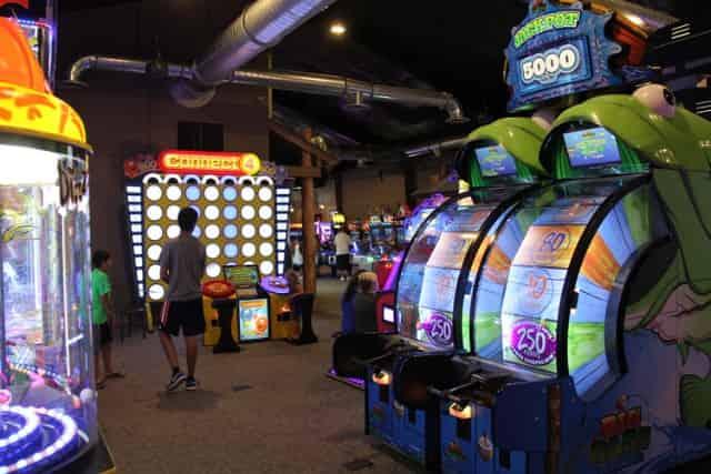 wild-willys-adventure-park-arcade