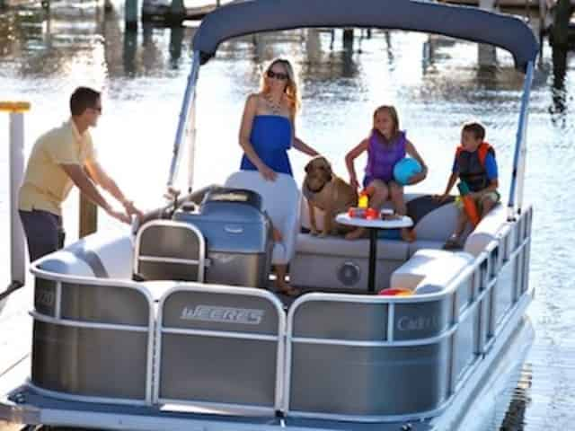 vacation boat rentals
