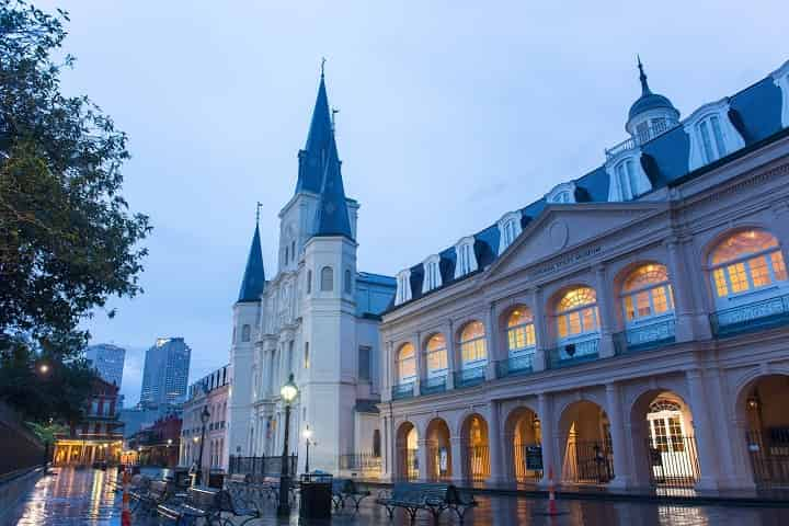 11 Incredible Museums in New Orleans [You Need to SEE to Believe]