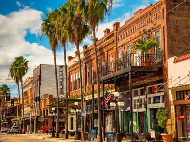 ybor-city-couple-activities-tampa