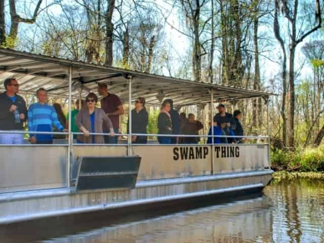 tour boat sightseeing through the swamp