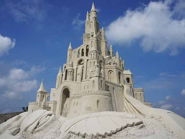 giant sandcastles in 30a