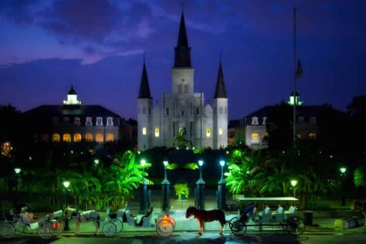 5 Cheap Things to do in French Quarter at Night