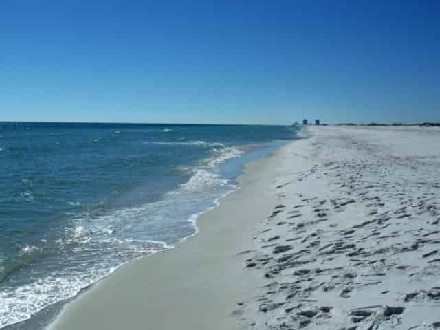 the beautiful shoreline of 30a