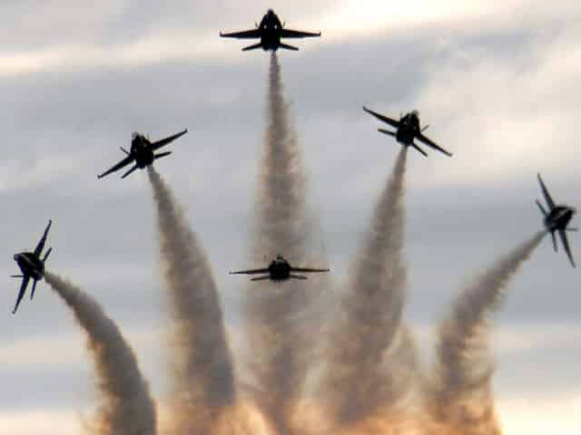 the blue angels from pensacola florida