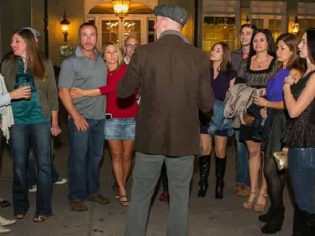 walking tour in new orleans