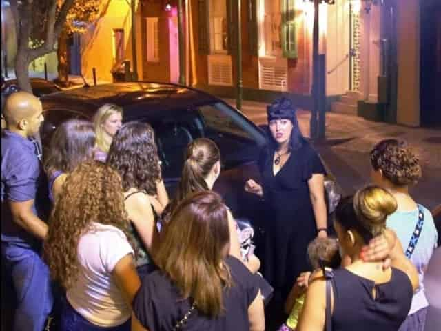 walking ghost tour in new orleans