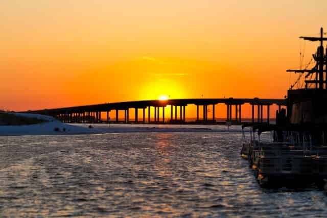 destin-marler-bridge-during-sunset