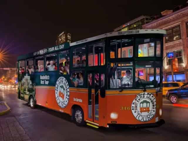 city sightseeing tour aboard a trolley in Nashville