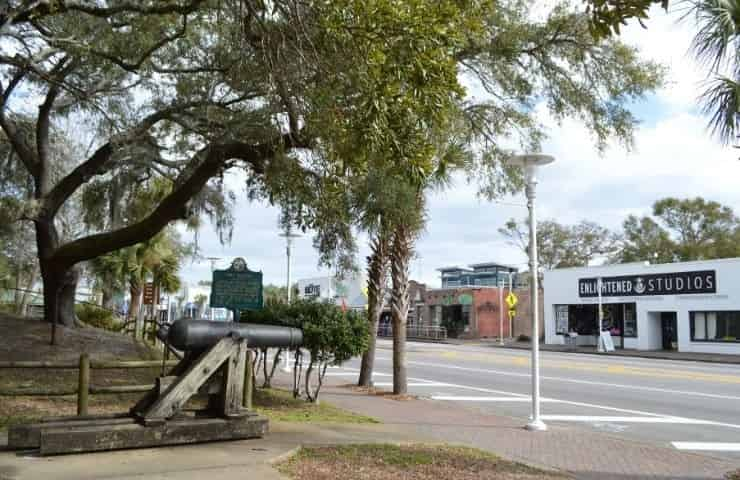 What to do in Downtown Fort Walton Beach [Plus 10 Fun Activities & Attractions]
