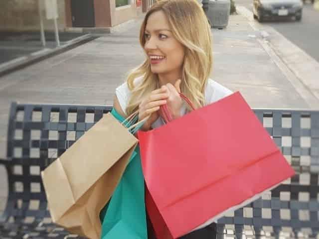 shopping in Ocean Springs, MS