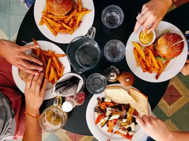 group dining on pensacola beach cuisine