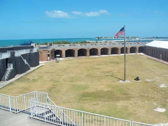 fort zachary taylor state park american flag