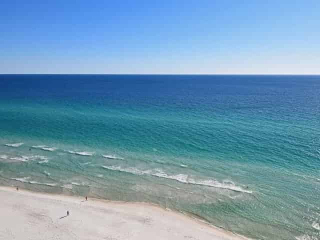 the beach in panama city beach florida