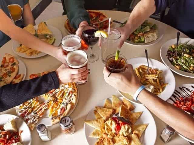 Dining at the Pensacola Beach Boardwalk