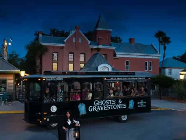 ghost tour in downtown St. Augustine