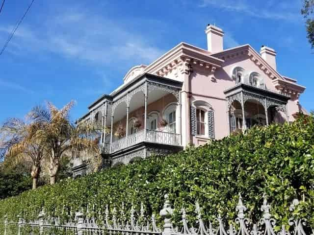 massive mansion in the Garden District in New Orleans