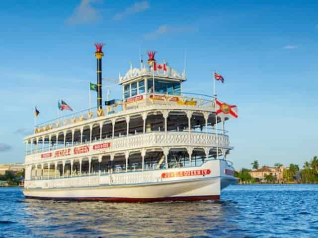sightseeing cruise of downtown Fort Lauderdale