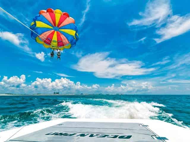 parasailing at the destin harbor