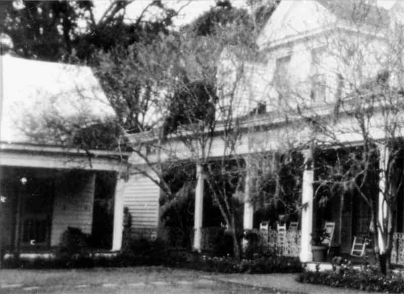 story of chloe slave girl at myrtles plantation