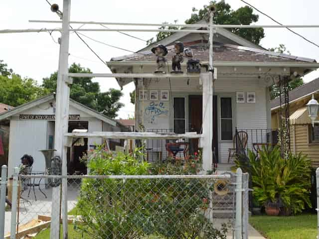 home damaged by hurricane katrina seen on a bus tour