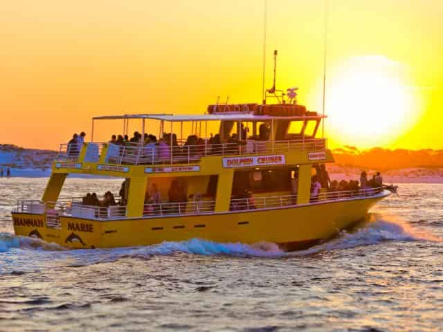 dolphin-watch-and-destin-history-cruise