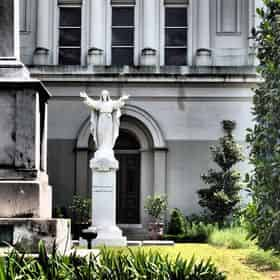 Saints & Sinners: Dirty Little French Quarter History Tour by French Quarter Phantoms