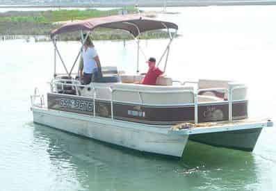 20 ft. Pontoon Boat Rental from Crazy Sister Marina - Murrells Inlet