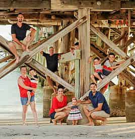 Family Vacation Portraits with Tropical Focus Photography