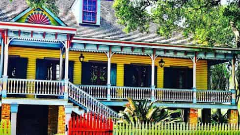 The Cajun Experience - Combo Swamp & Plantation Guided Tour with Transportation From New Orleans