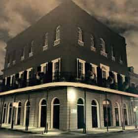 Haunted Pub Crawl by New Orleans Ghost Adventures