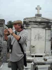 Garden District & Cemetery Combo Walking Tour