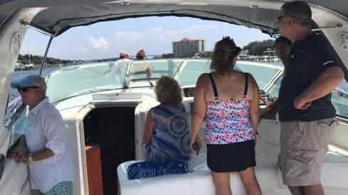Private 6-Person Yacht Experience Aboard The Luna Lu
