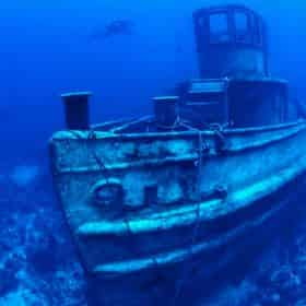 Wreck Dive with Lost Reef Adventures