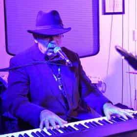 Creole Queen Jazz Cruise with Optional Dinner Buffet