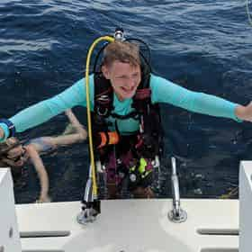 Dive Charter with Shark Quest Dive Shop
