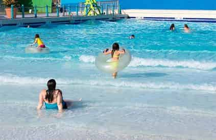 Myrtle Waves Water Park