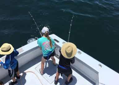 Inshore & Deep Sea Fishing Charters with Charter Boat Screamn Drag