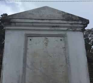 St. Louis Cemetery No.1 Tour by Tableau Tours