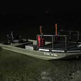 Northwest Florida Nighttime Bowfishing Charter