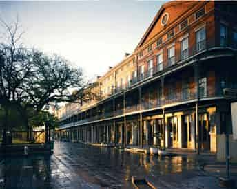 French Quarter & Cemetery Early Bird Discount Combo Tour