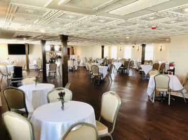 Riverboat CITY OF NEW ORLEANS Jazz Cruise With Optional Dinner Buffett