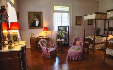 Oak Alley Plantation Admission & Guided Tour With Transportation From The French Quarter
