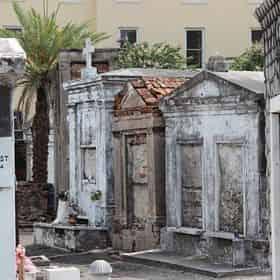 New Orleans Legendary Walking Ghost Tour